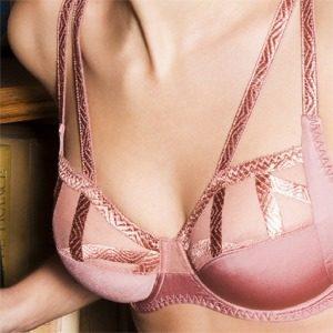 uplift-bra-crisscross-pink